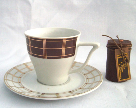 Порцеланов сервиз за кафе, 12 части