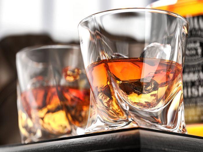 Чаши за уиски Куадро, 6 бр., 340 мл, Crystalite Bohemia