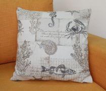 Декоративна възглавничка, 45 * 45 см