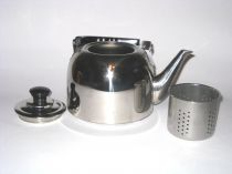 Чайник с цедка, вместимост 1 л