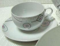 "Порцеланов сервиз за чай ""Геометрични фигури и цветя"", 12 части 5786 - Pochehli"